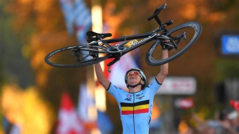 Cycling news – Dominant Remco Evenepoel wins second gold