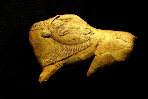 Bison in carved antler, National Museum of Prehistory in