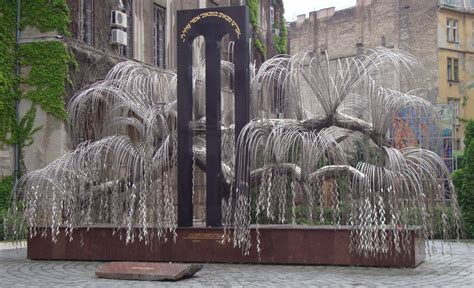 Weeping Willow Holocaust Memorial (Budapest, Hungary)   Flickr