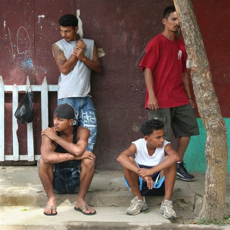 Nicaraguan Police Pespond Quickly to Threat of Youth Gangs