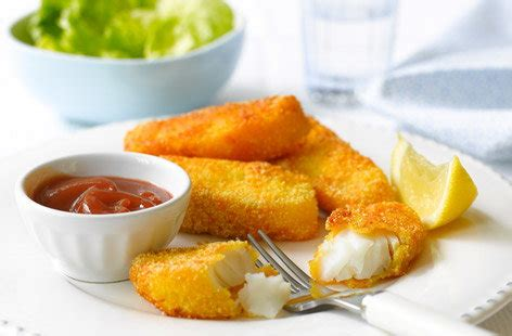 Parmesan fish fingers with salad | Tesco Real Food